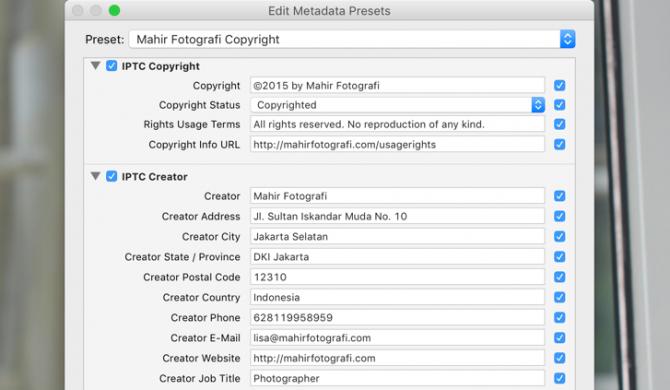 Metadata IPTC menggunakan Lightroom